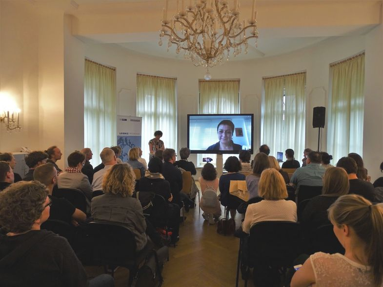 Prof. Gözaydın was appointed as Leibniz Professor at Leipzig University in the spring term of 2018. As Turkish authorities had refused her application for a passport she held her inauguration lecture via skype. Photo: Research Academy Leipzig